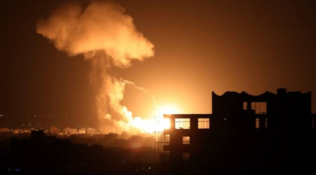 İsrail Ordusu Gazze Şeridi boyunca saldırı başlattı