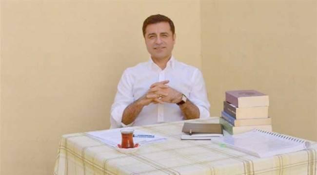Demirtaş: Hiç kimse HDP'nin oylarını çantada keklik zannetmesin; kimse bizi iki kötü arasında tercihe zorlamaya kalkmasın