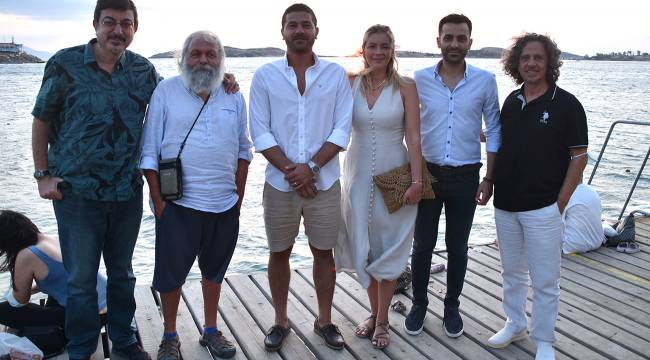 Foça'da yaşayan şair ve yazarlar Foça'yı anlattı