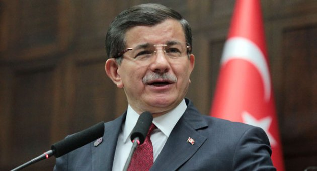 Başbakan Davutoğlu, Suriyeliler'e evini açan yaşlı amcayı telefonla aradı -  Gündem - Ege Politik