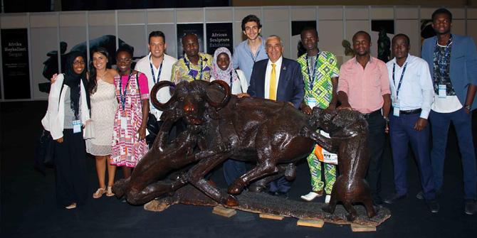 Fuar'da Afrika Heykelleri